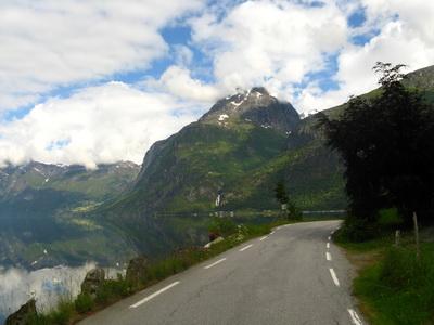 02-havas-hegyek-kozott-a-geirangerfjordig